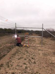metal pipe fence construction & welding services in texas