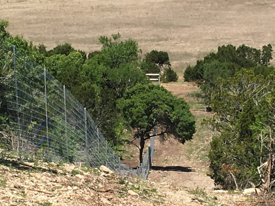 Aim High Fence Builders - Texas Exotic Ranch High Game Fence Construction